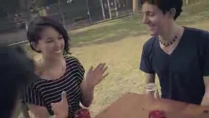 CUPS_-_Pitch_Perfect_-_Sam_Tsui_Alex_G_Kina_Grannis_Kurt_Schneider.flv